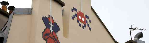 Space Invader's Spiderman in Paris, France