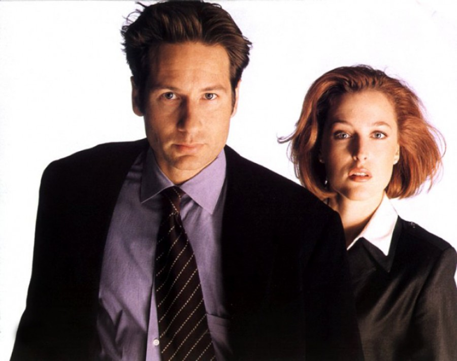 Fight-the-Future-Promo-Image-the-x-files-fight-the-future-7686853-1093-864